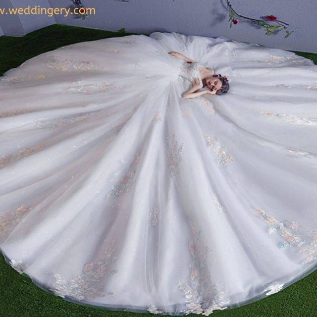 2019 Wedding Dress Trends To Know About https://weddingery.com