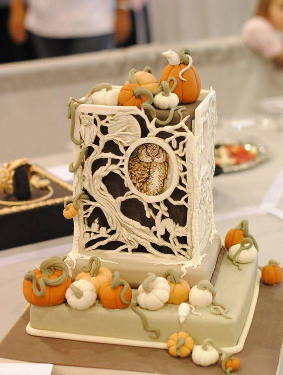 The 10 Most Beautiful Fall Wedding Cakes https://weddingery.com